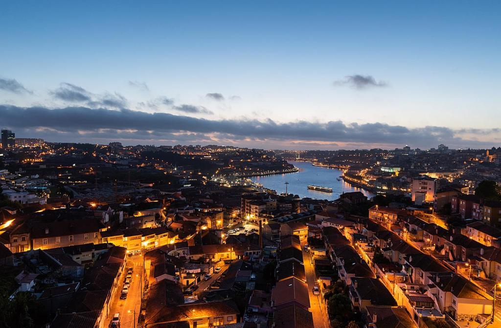 Uma vista aérea de Porto Gaia River View by MP
