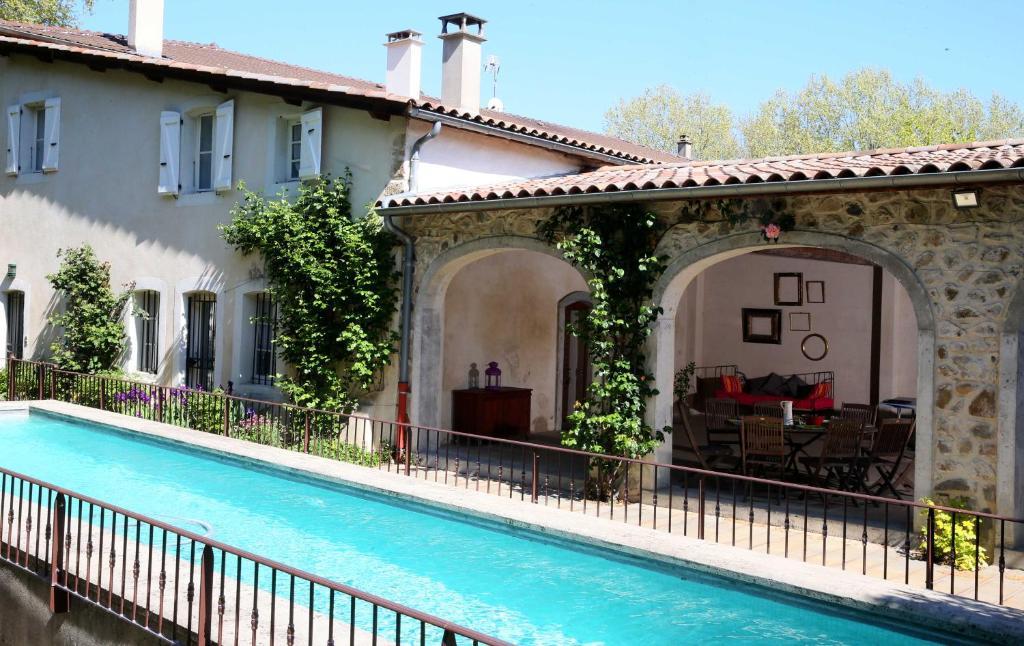 The swimming pool at or near Domaine La Bonne Etoile