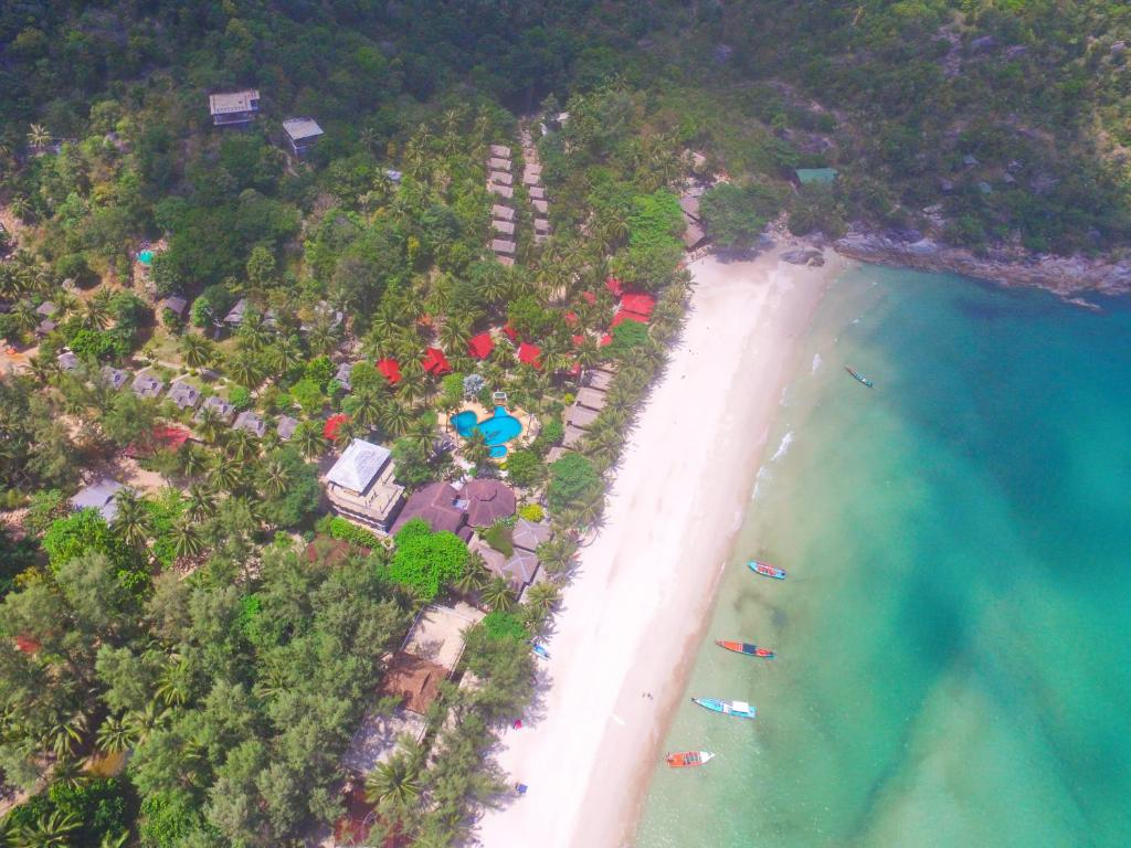 A bird's-eye view of Bottle Beach 1 Resort