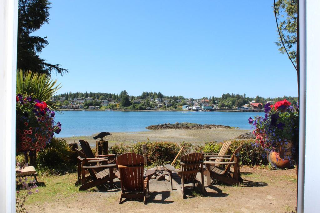 Carolyn's Cove B&B