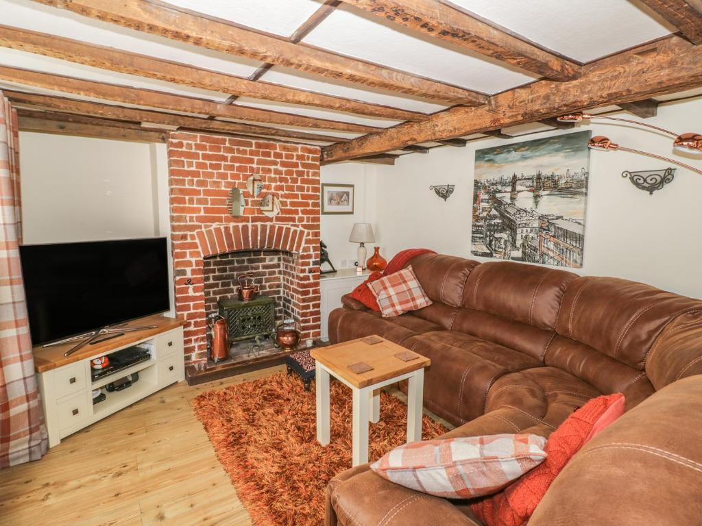 A seating area at Chapel Cottage