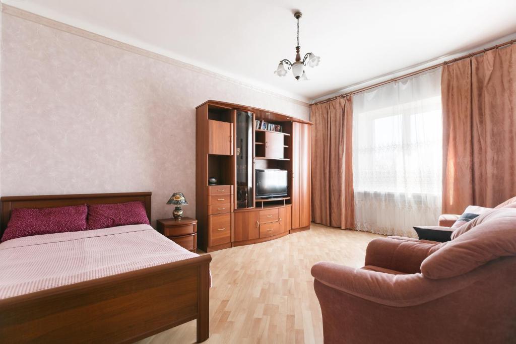 зрелую шлюху, аренда квартир в новосибирске с фото фитнес вот