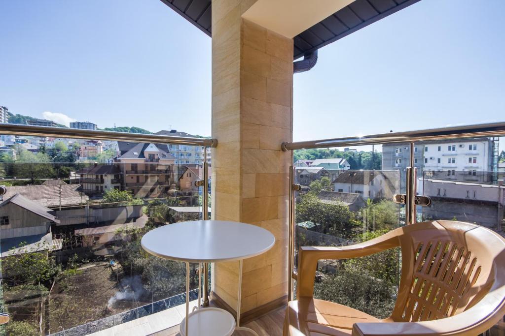 Балкон или терраса в СеАр