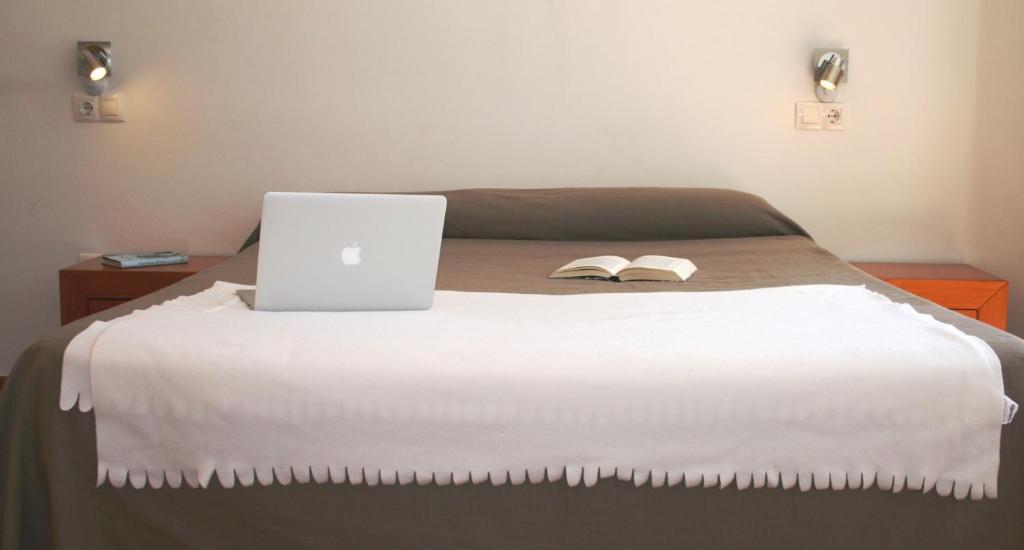 Cama o camas de una habitación en Apartamento El Carmen by Be Alicante