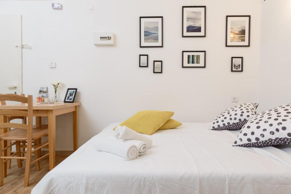 Apartment Cool Modern Cozy Flat 7 Minutes To Gordon Beach Tel Aviv Israel Booking Com