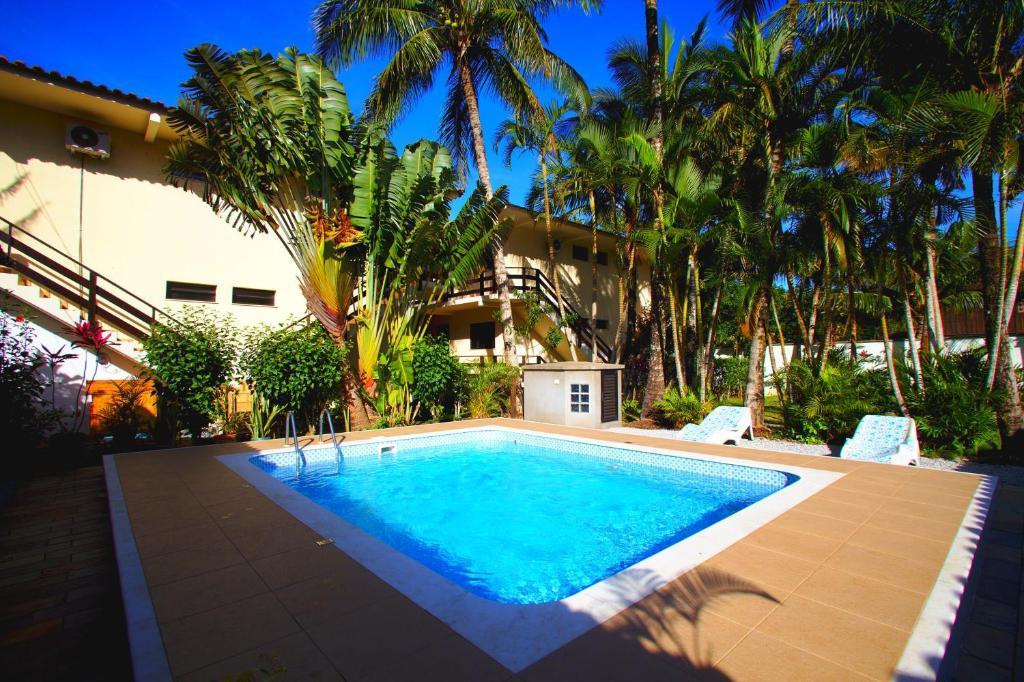 A piscina localizada em Maresias Caracalla Flats ou nos arredores