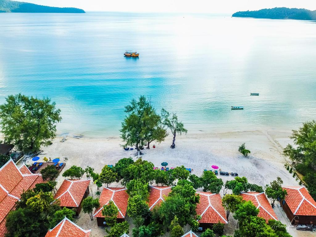 A bird's-eye view of Sol Beach Resort