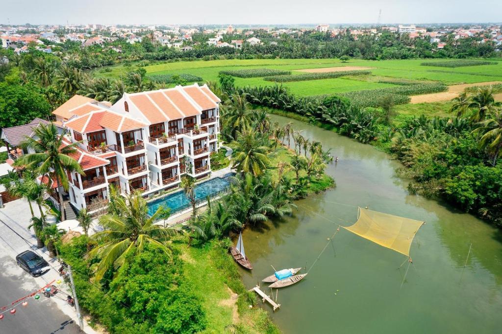 Blick auf Hoian River Palm Hotel & Villas aus der Vogelperspektive