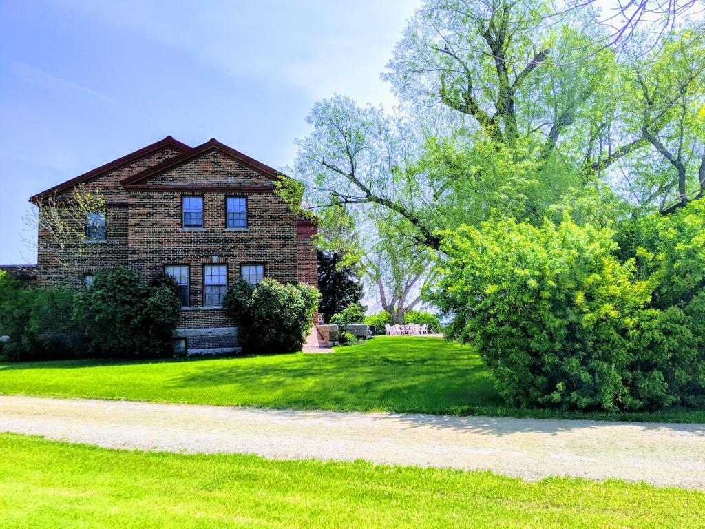 Oddfellow Inn Farm Helena 9 1 10 Updated 2021 Prices