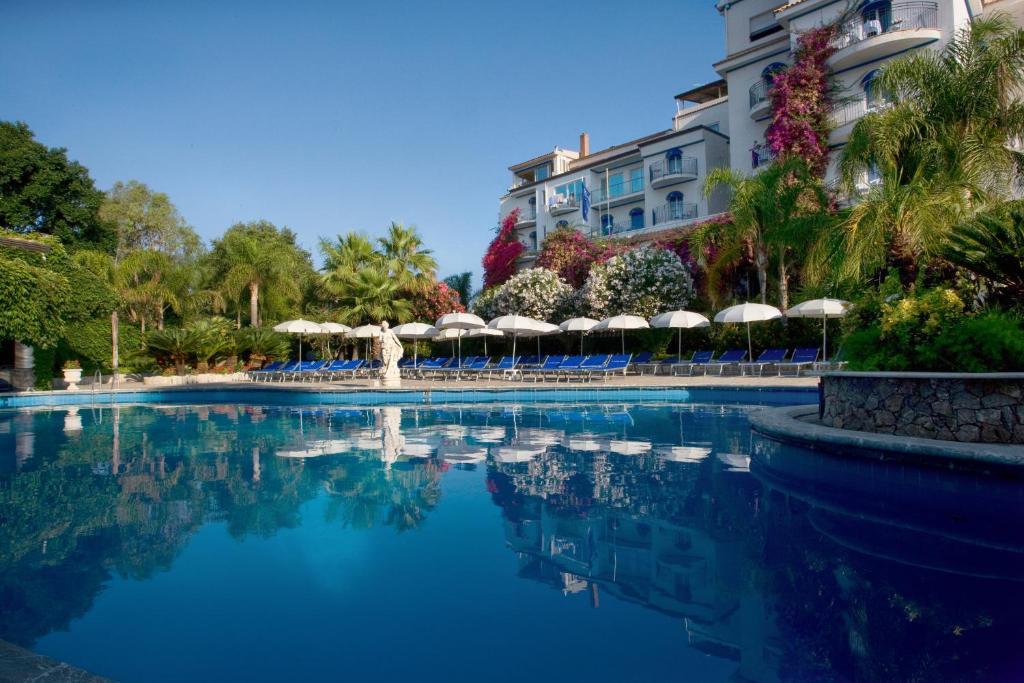 sant alphio garden hotel giardini naxos)