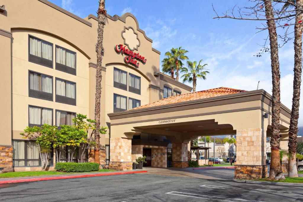 The Hampton Inn Los Angeles/Arcadia.