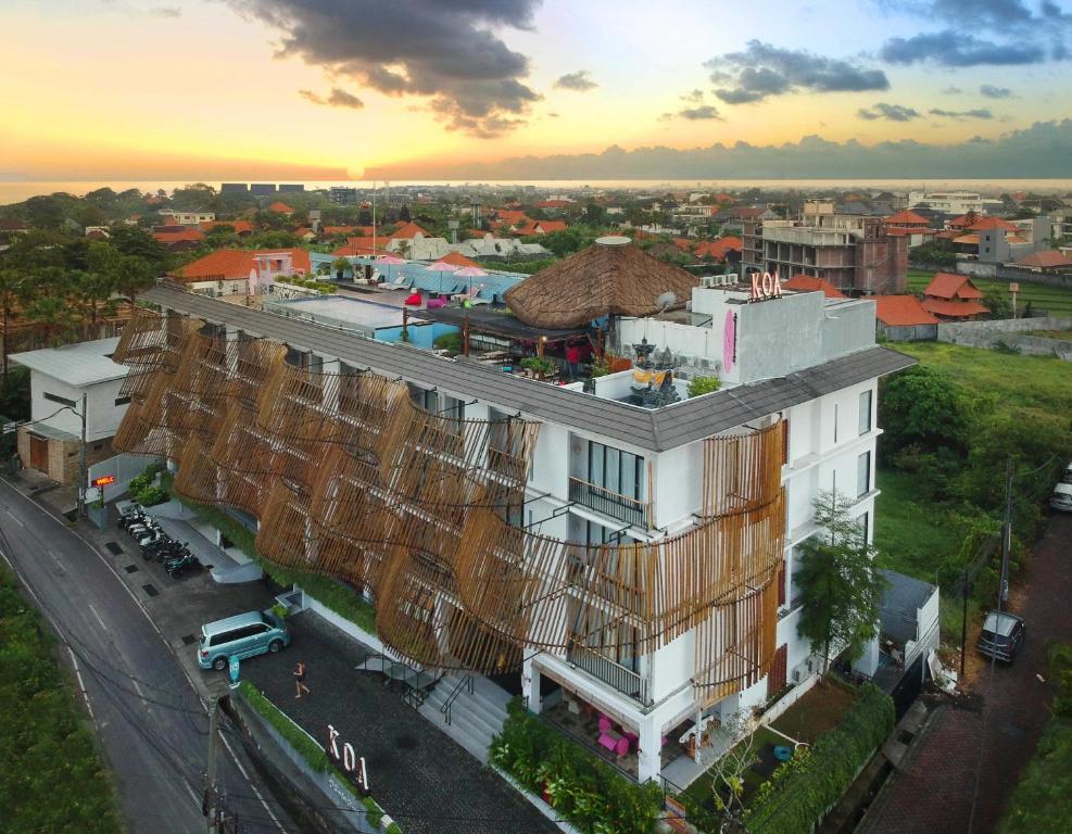 A bird's-eye view of Koa D Surfer Hotel
