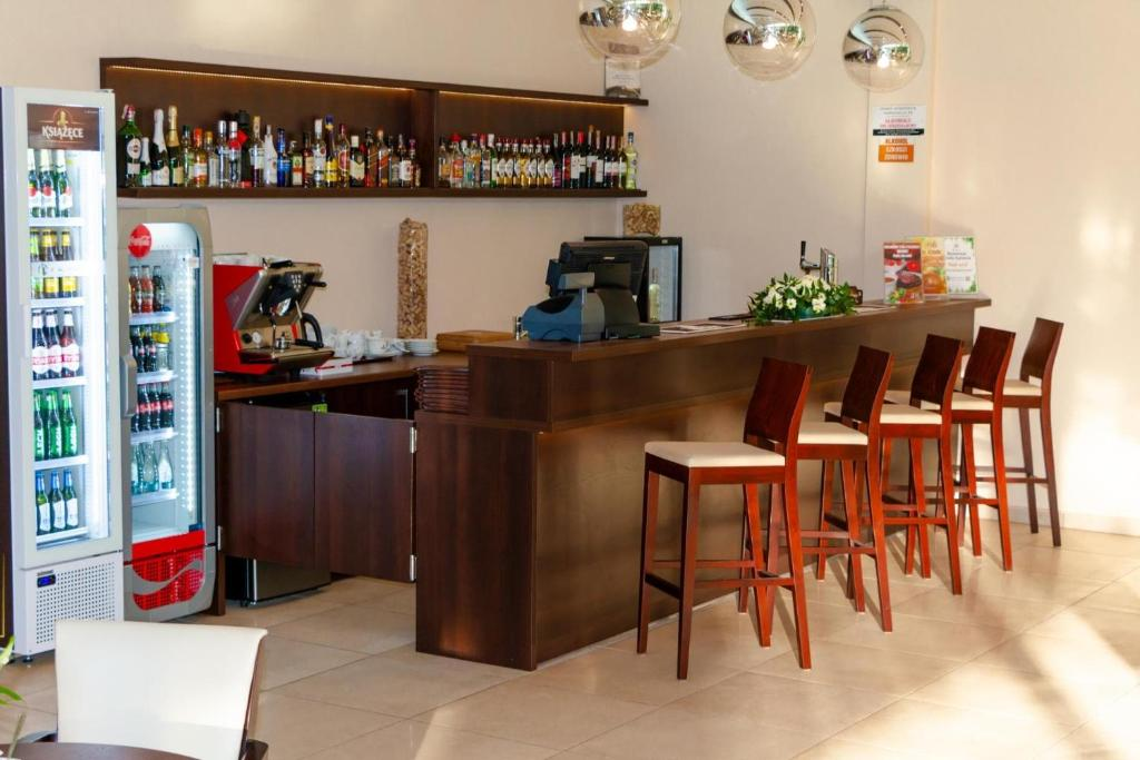 Лаундж или бар в Hotel Katowice Economy