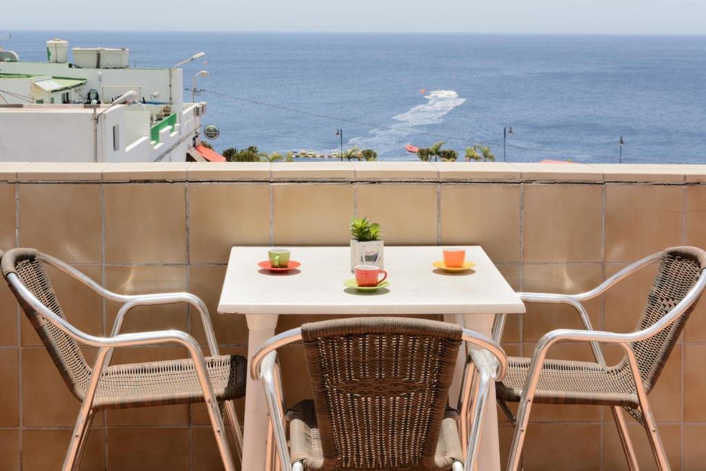 Un balcón o terraza de Pensión Magec