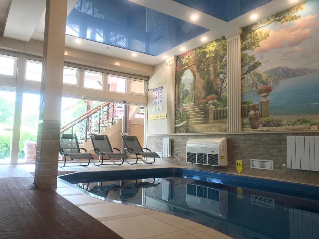 Бассейн в Отель Фламинго или поблизости