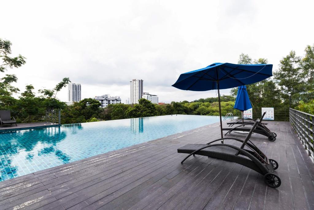 The swimming pool at or close to Villa 23 @ Cyberjaya