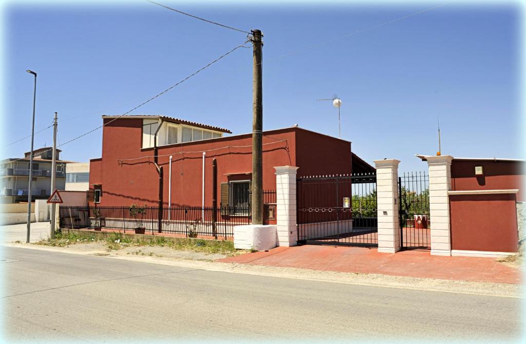 LA CASA ROSSA Villa intera