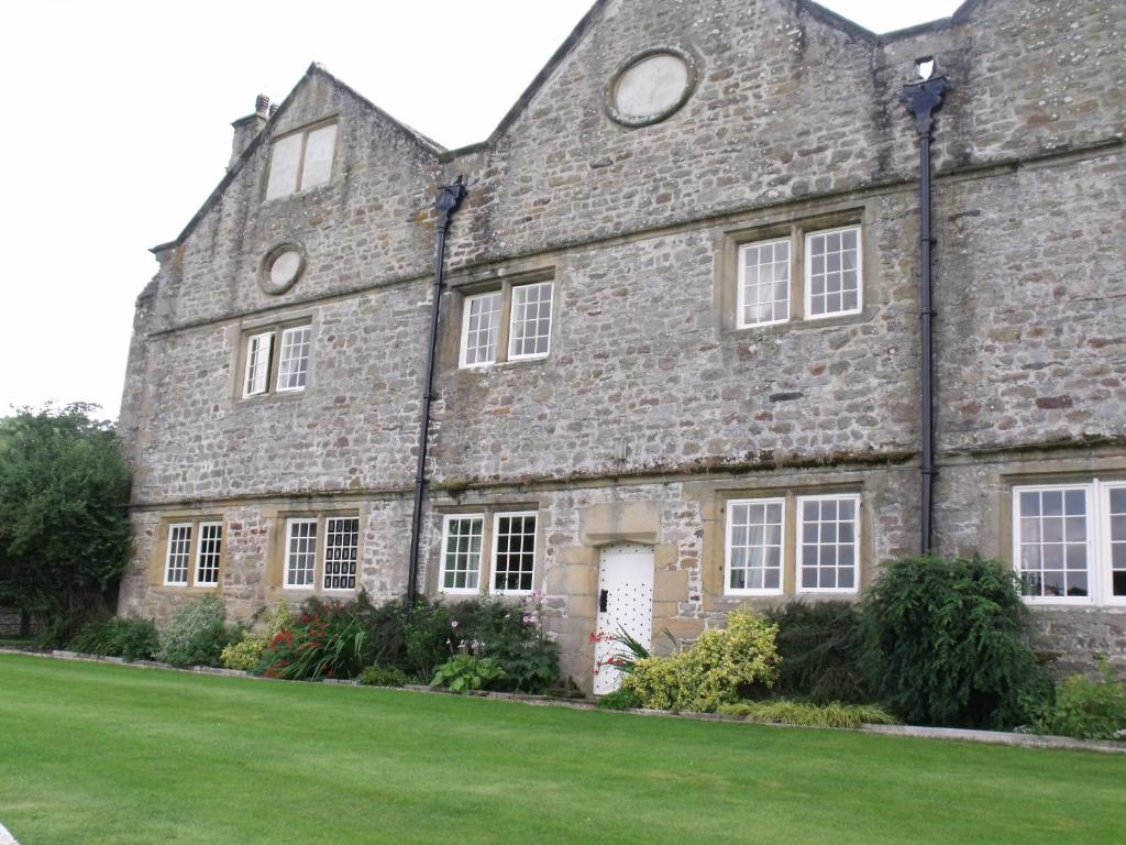 Braithwaite Hall Bed & Breakfast