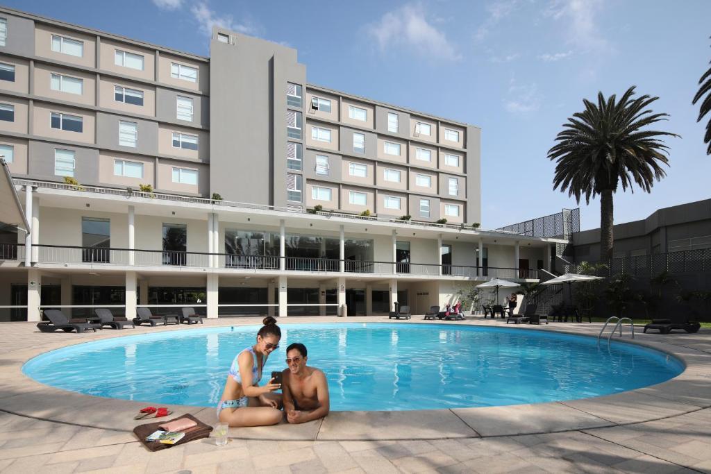 The swimming pool at or close to Casa Andina Select Chiclayo