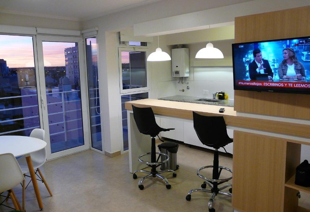 2. Confortable departamento con cochera para 2/4 pax