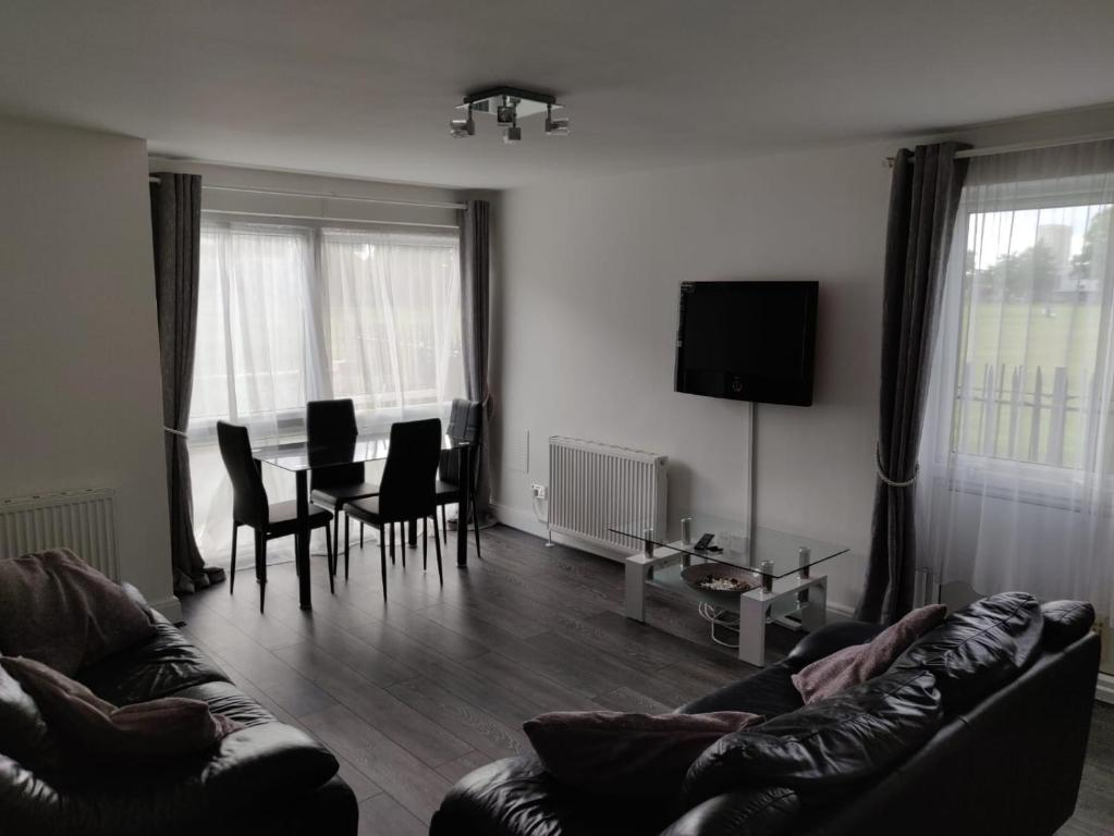 A seating area at Tranquil apartment
