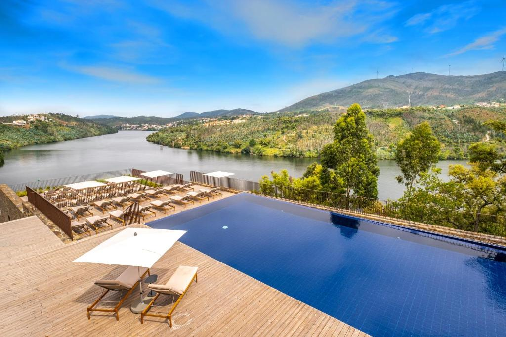 A view of the pool at Douro41 Hotel & Spa or nearby