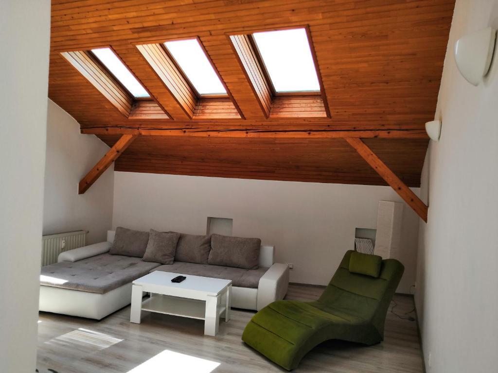 A seating area at Apartment Olomouc Horni Namesti
