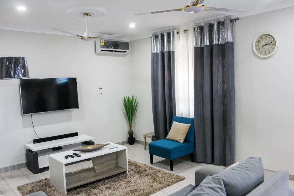 Apartment Empire Luxury Homes Kwedonu Ghana Booking Com