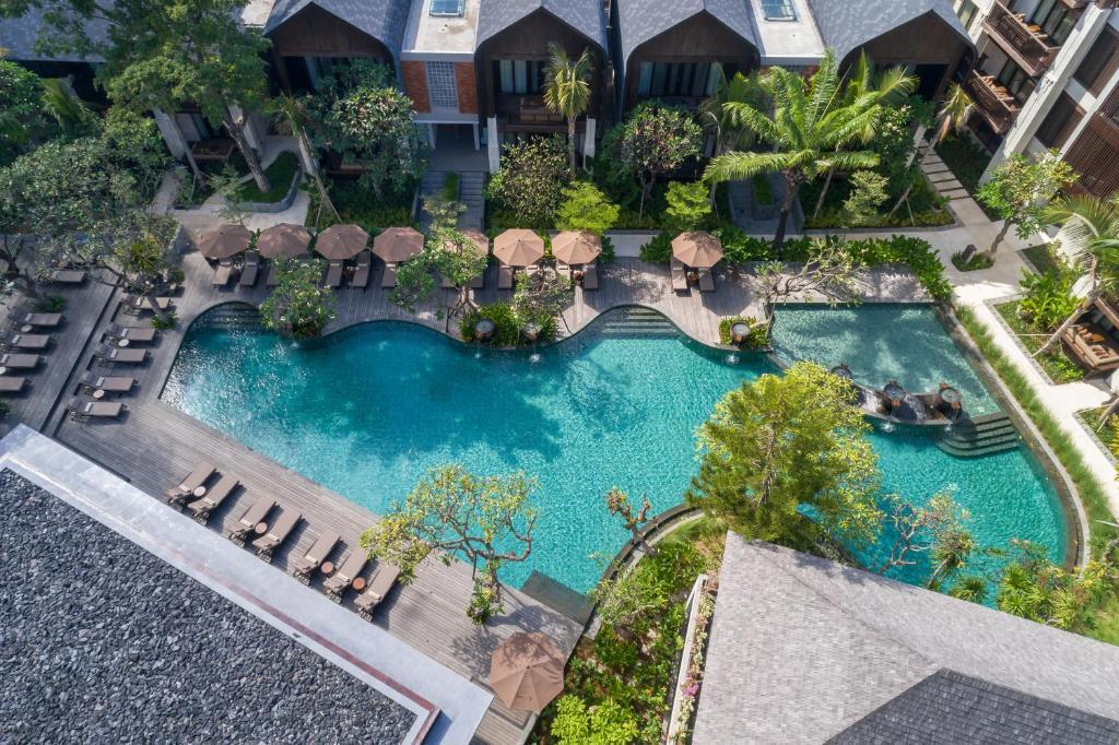 Ramayana Suitesの敷地内または近くにあるプールの景色