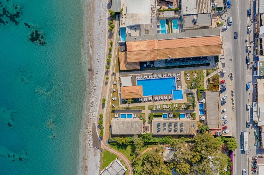 A bird's-eye view of Villa Di Mare Seaside Suites