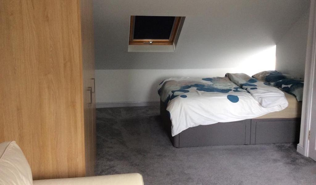Homely with en-Suite - Female Only