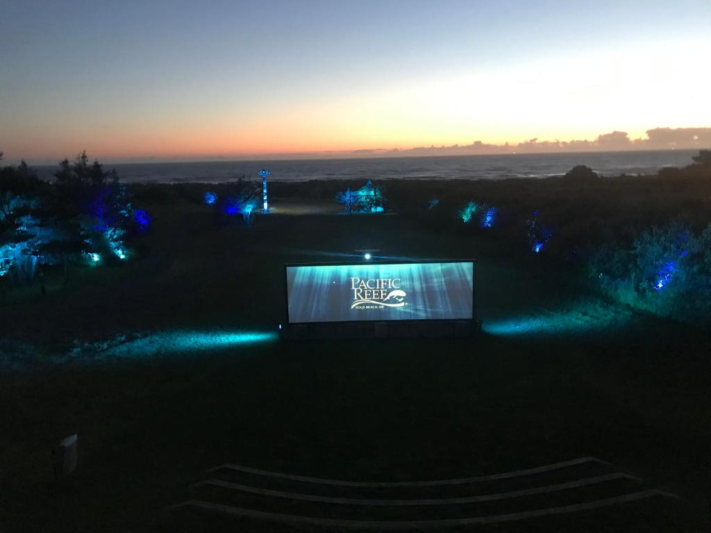A view of the pool at Pacific Reef Hotel & Light Show or nearby