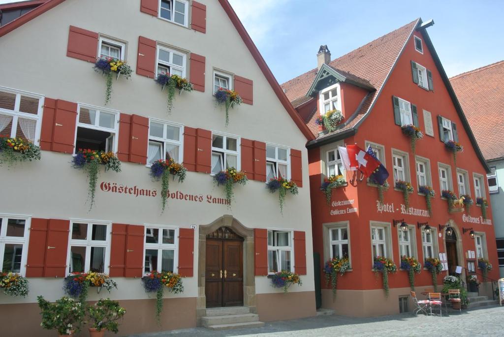 Hotel-Restaurant Goldenes Lamm Dinkelsbuhl, Germany