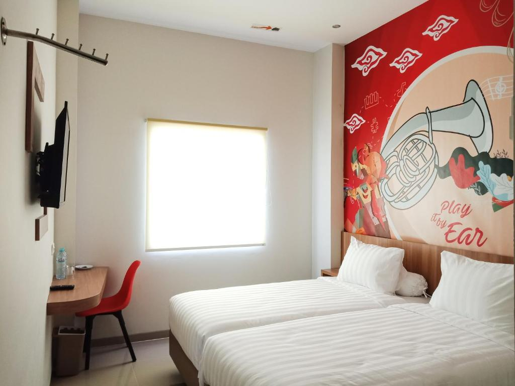 Front One Hotel Nganjuk Indonesia Booking Com