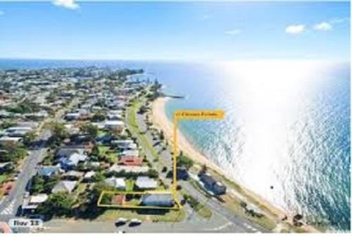 Beachside Queenslander