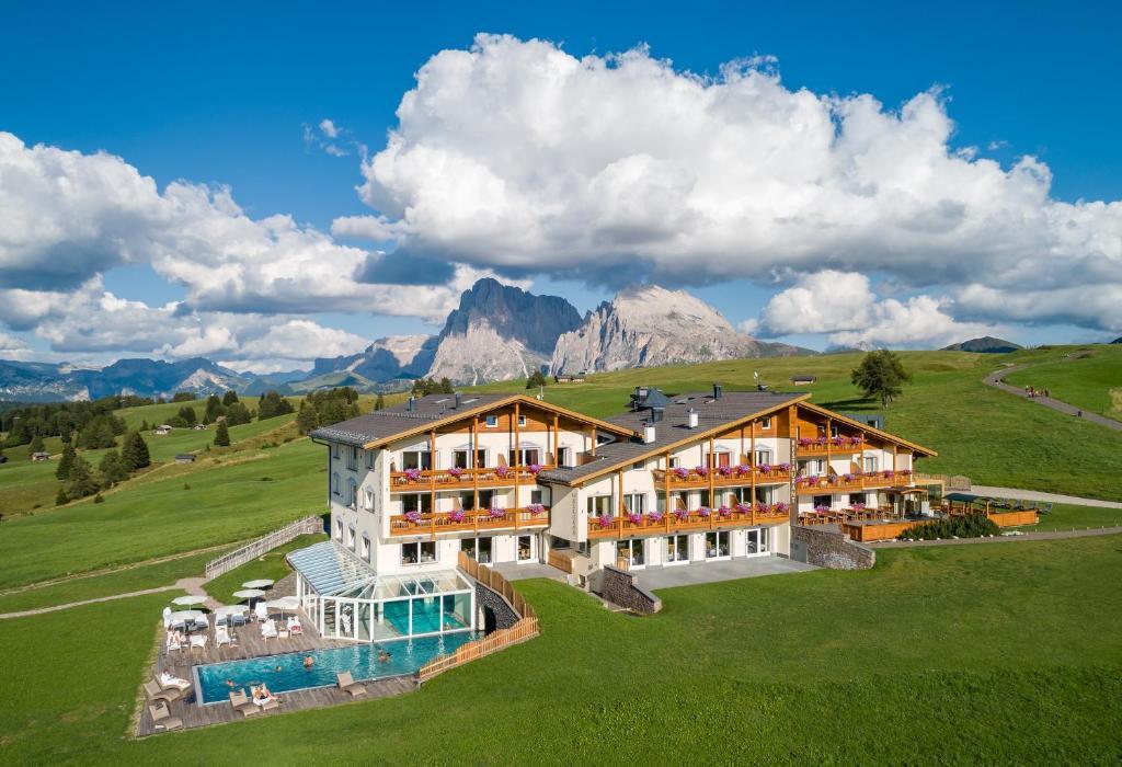 Hotel Santner Alpine Sport & Relax Alpe di Siusi, Italy