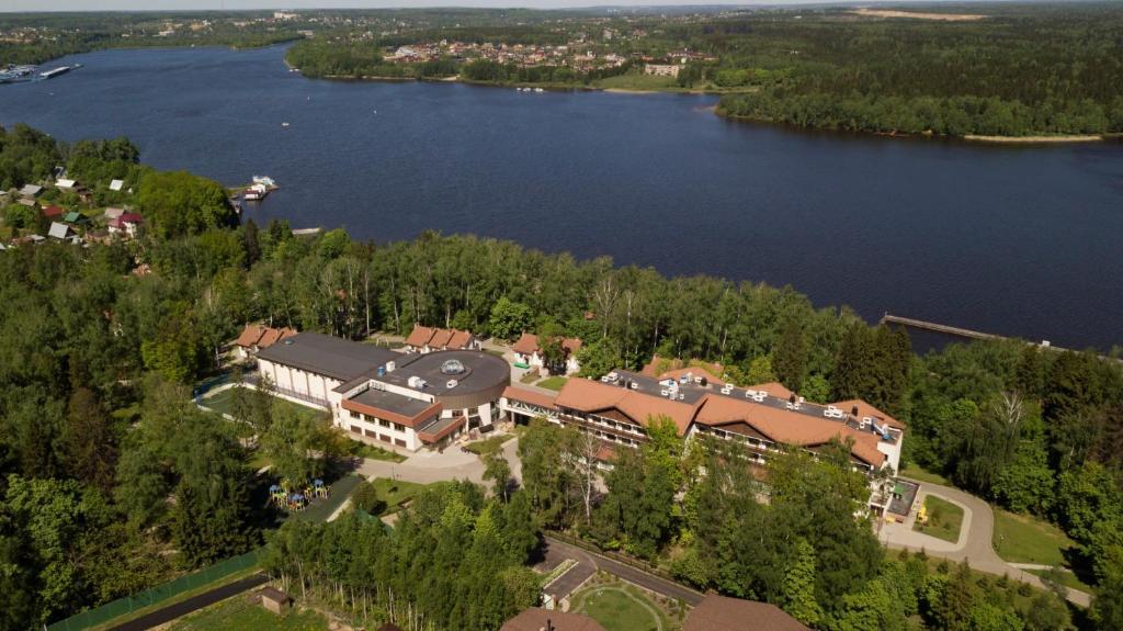 Курорт Икша Минфина России с высоты птичьего полета