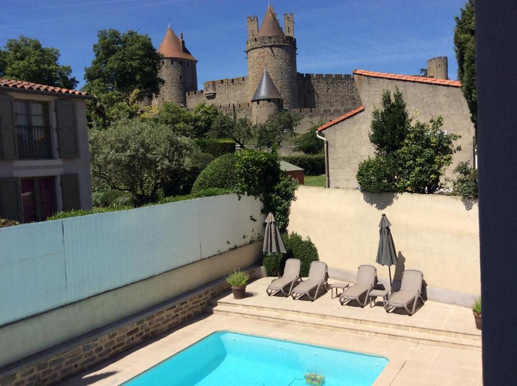 Hotel l'Aragon Carcassonne, France
