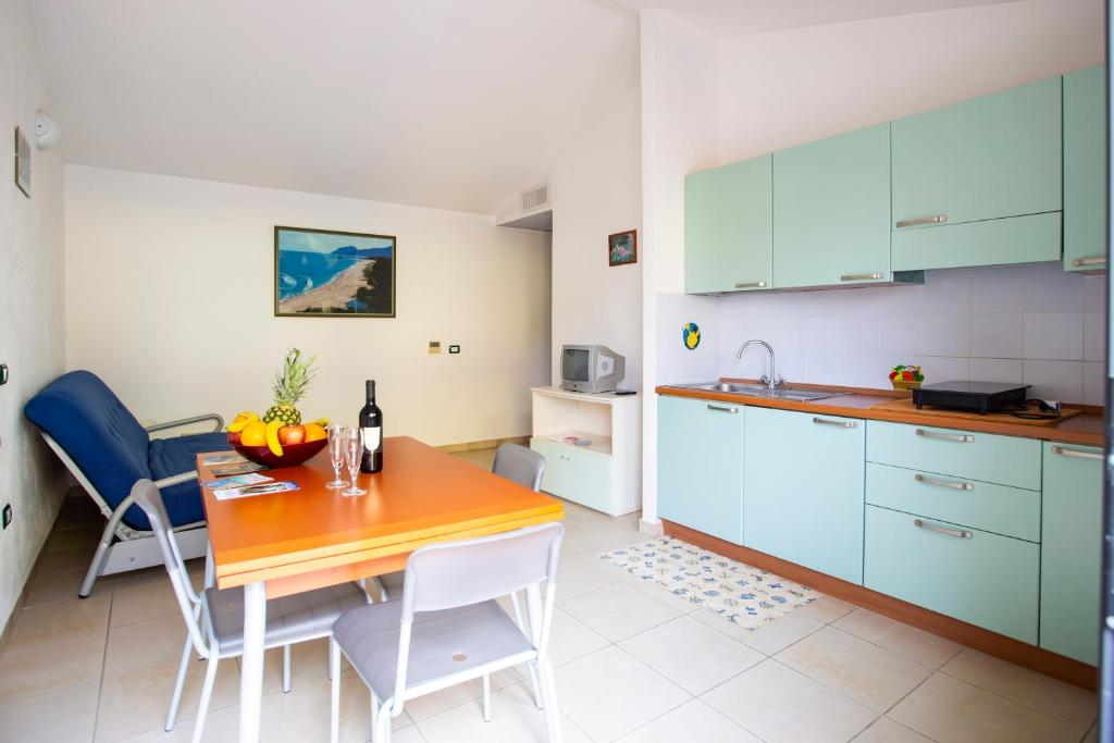 A kitchen or kitchenette at Albergo Residenziale Stella Dell'Est