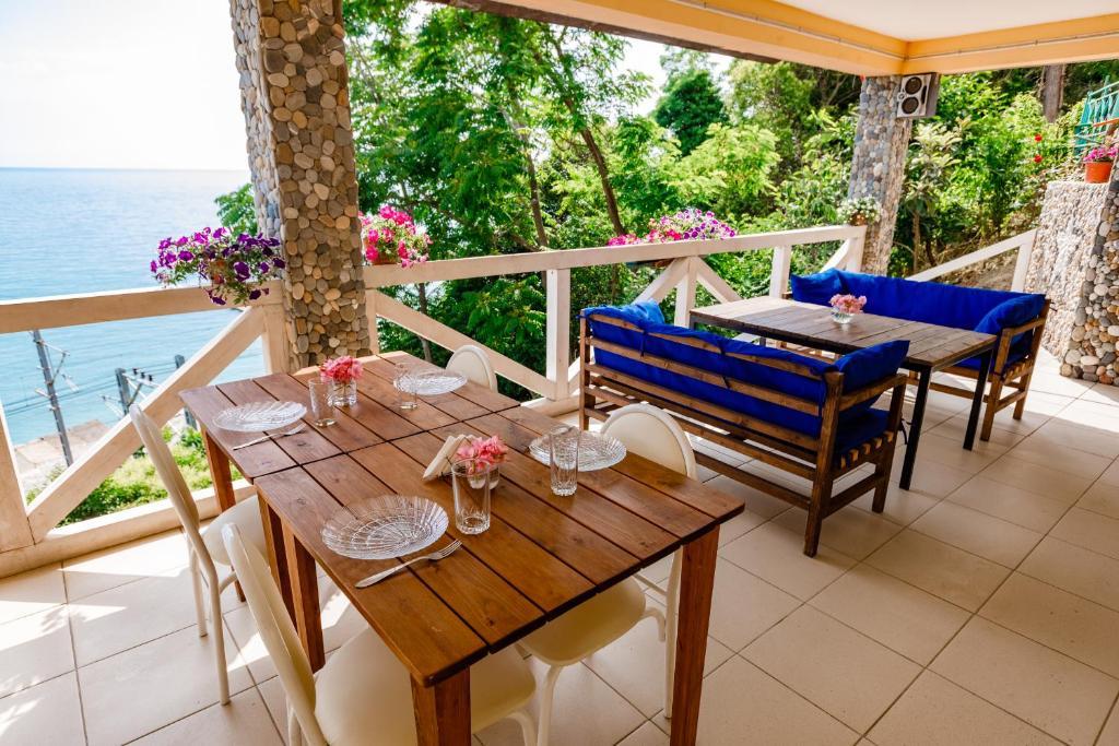 A balcony or terrace at Zvezda
