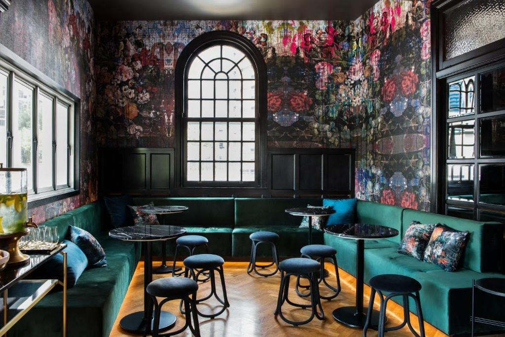A restaurant or other place to eat at The Inchcolm by Ovolo