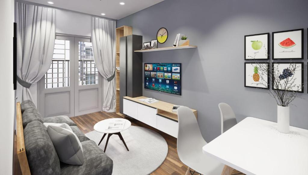 A seating area at KIRAKUAN LUXURY 2 BR, 5m Center