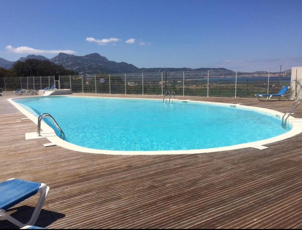 Appartamento Mirella con piscina Lumio