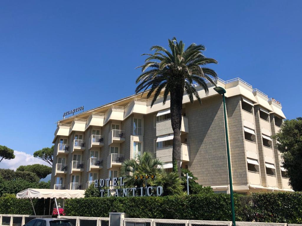 Hotel Atlantico Forte dei Marmi, Italy