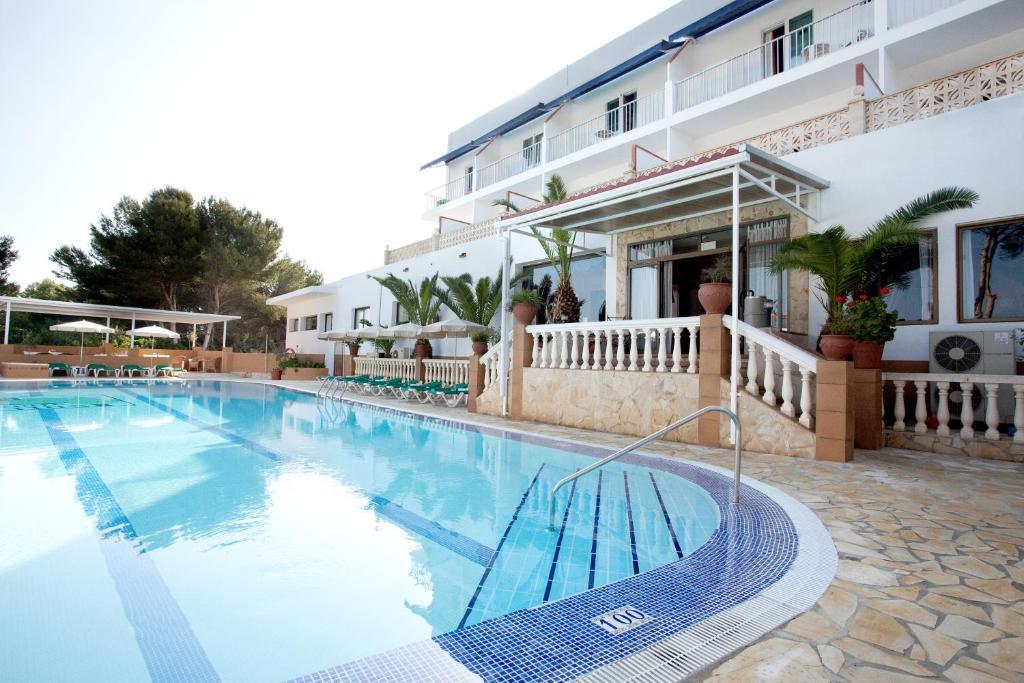 Piscina di Hotel & Spa Entre Pinos o nelle vicinanze