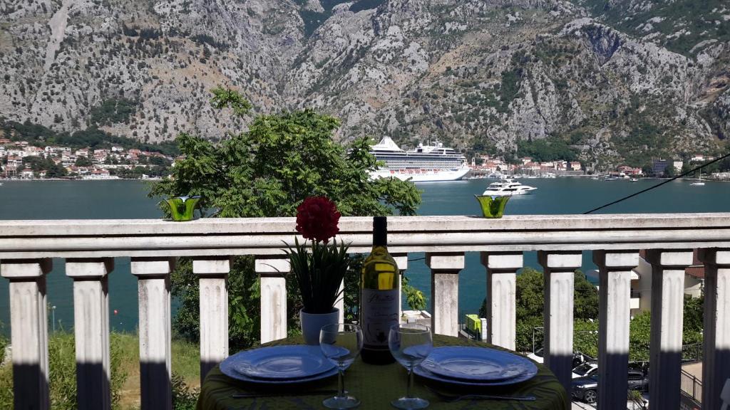 Аппартаменты или вилла рядом с монте каза в черногории такси от аэропорта дубай до отеля