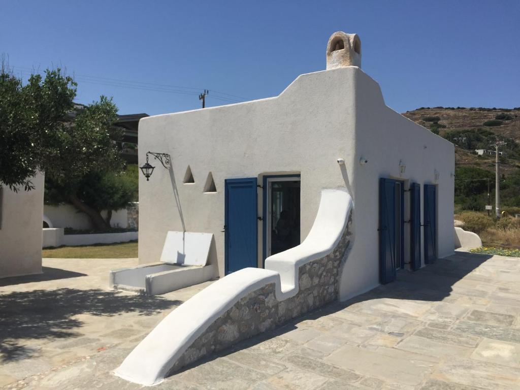 Seafront Villa Polyxene