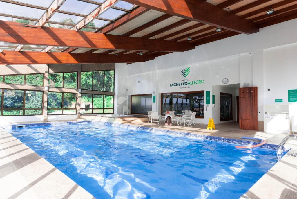 The swimming pool at or close to Flat 214 Hotel Alpenhaus