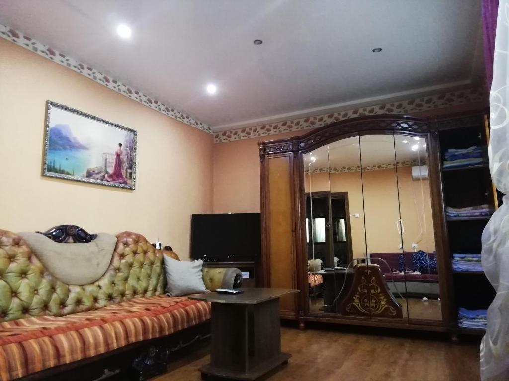 Гостиная зона в Apartment Navaginskaya 12-1