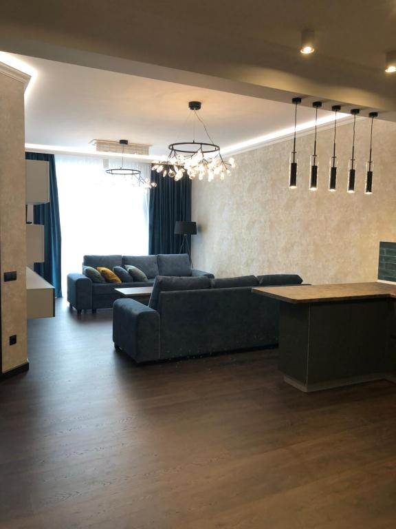 A seating area at Апартаменты в ЖК «Акватория»